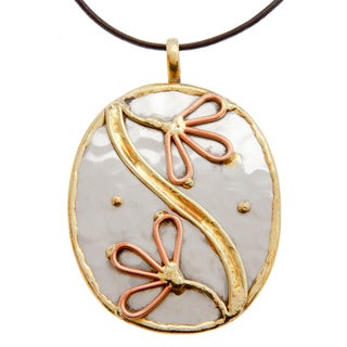 Handmade Two Flowers Stainless Steel Necklace (India)