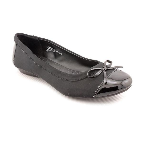 Karen Scott Women's 'Rylee' Basic Textile Dress Shoes (Size 8 )