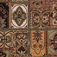 "Safavieh Handmade Classic Bakhtieri Multicolored Wool Rug - 4'6"" x 6'6"" Oval"