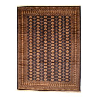 Handmade Pakistan Prince Bokhara Navy/ Beige Wool Rug - 9' x 12' (Pakistan)
