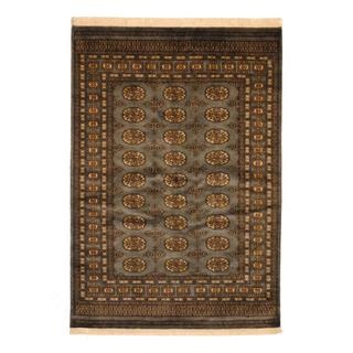 Herat Oriental Pakistan Hand-knotted Prince Bokhara Grey/ Ivory Wool Rug (4' x 6')