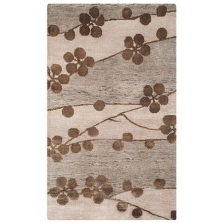 Safavieh Hand-knotted Tibetan Floral Beige Wool/ Silk Rug (4' x 6')