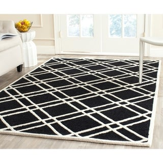 Contemporary Safavieh Handmade Moroccan Cambridge Black/ Ivory Wool Rug (6' x 9')