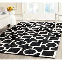 Safavieh Handmade Moroccan Cambridge Black/ Ivory Wool Rug - 8' x 10'