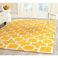 Safavieh Handmade Geometric-pattern Moroccan Cambridge Gold/ Ivory Wool Rug - 8' x 10'