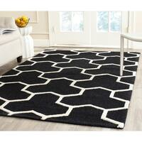 Safavieh Handmade Moroccan Cambridge Contemporary Black/ Ivory Wool Rug - 8' x 10'