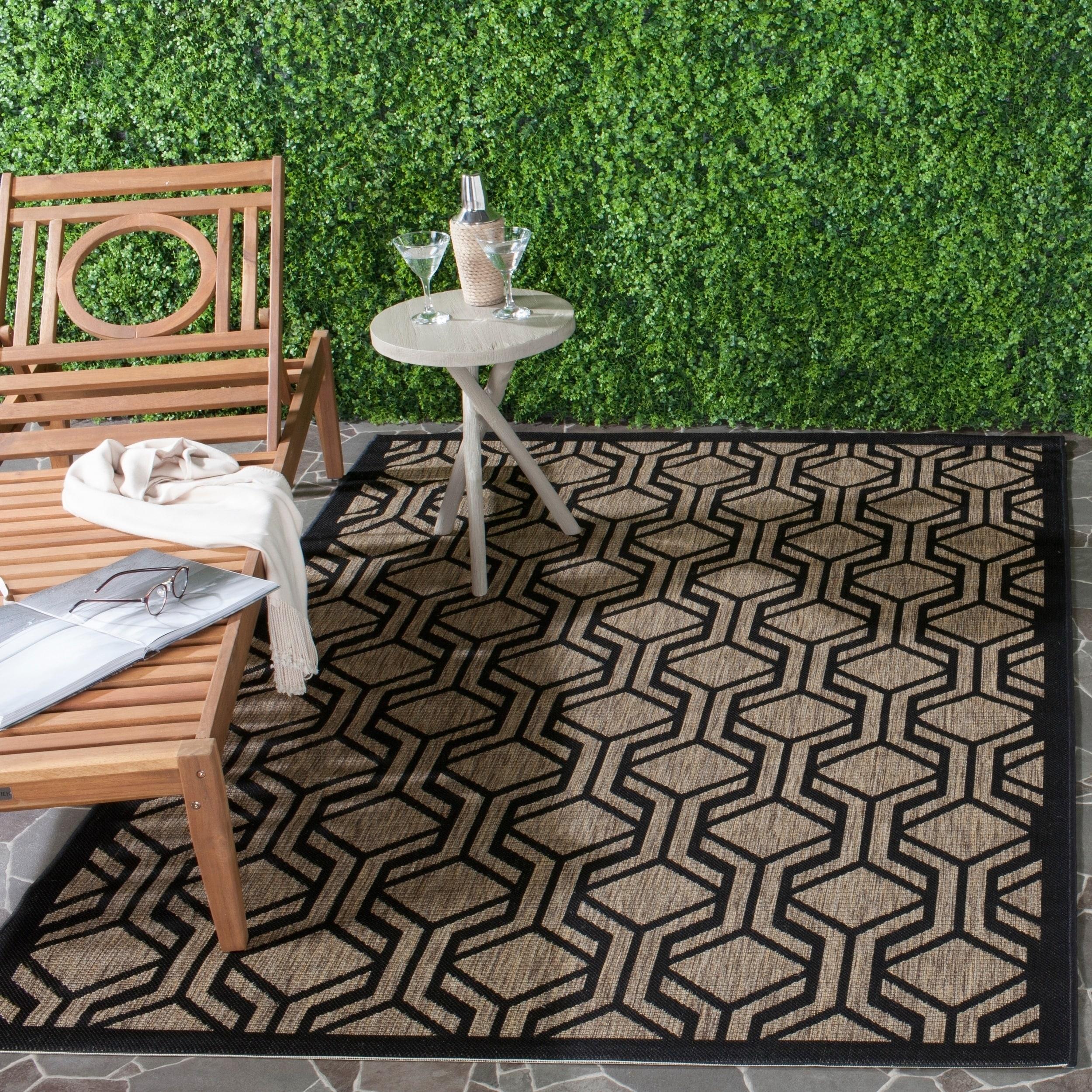 Safavieh Indoor/ Outdoor Courtyard Brown/ Black Rug (8 X 11)