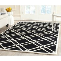 Safavieh Handmade Moroccan Cambridge Geometric Black/ Ivory Wool Rug - 9' x 12'