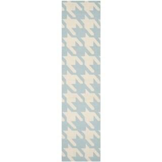 Safavieh Hand-woven Moroccan Reversible Dhurries Light Blue/ Ivory Wool Rug (2'6 x 10')