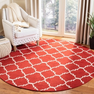 Safavieh Hand-woven Moroccan Reversible Dhurries Red/ Ivory Wool Rug (4' Round)