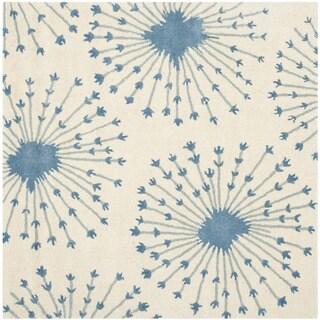 Safavieh Handmade Bella Beige/ Blue Wool Rug (5' Square)
