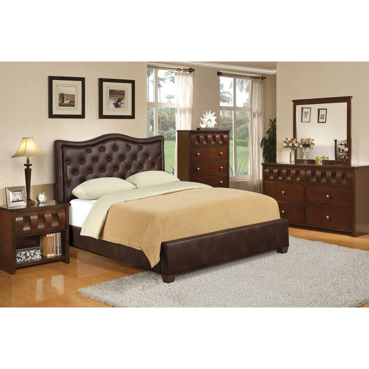 Wellington 8-piece Bedroom Set (8 Pieces)