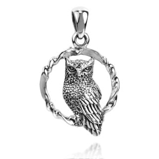 Twisted Circle Sitting Wise Owl .925 Silver Pendant (Thailand)