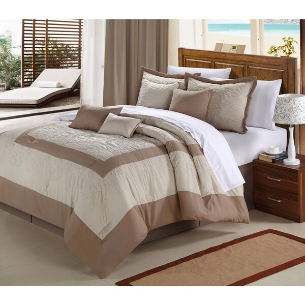 Seashell Brown and White 12-piece Bed in a Bag with Sheet Set