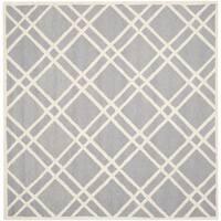 Safavieh Handmade Moroccan Cambridge Silver/ Ivory Wool Rug - 6' Square