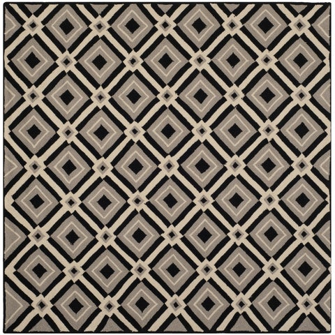 Safavieh Hand-Hooked Four Seasons Black/ Grey Polyester Rug - 6' x 6' Square