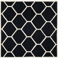 Safavieh Handmade Moroccan Cambridge Black/ Ivory Contemporary Wool Rug - 8' Square