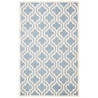 Safavieh Handmade Moroccan Chatham Blue/ Ivory Wool Geometric-pattern Rug - 4' x 6'