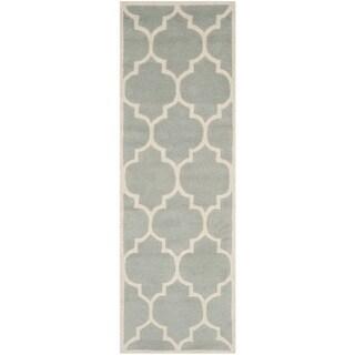 Safavieh Handmade Moroccan Chatham Geometric-pattern Gray/ Ivory Wool Rug (2'3 x 11')