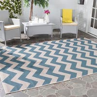 "Safavieh Courtyard Chevron Blue/ Beige Indoor/ Outdoor Rug - 5'3"" x 5'3"" square"
