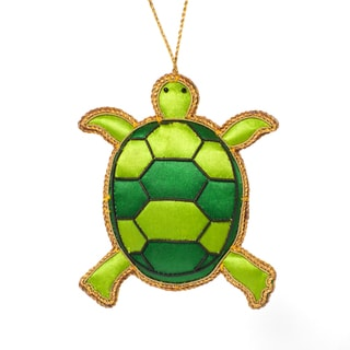 Handmade Beaded Evergreen Turtle Ornament (India)