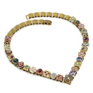 Sweet Romance Renaissance Canterbury Vintage Vee Necklace (2 options available)