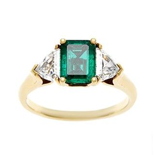 18K Yellow Gold 1ct TDW Emerald Three Stone Estate Ring by Kurt Wayne (G-H, VS1-VS2)
