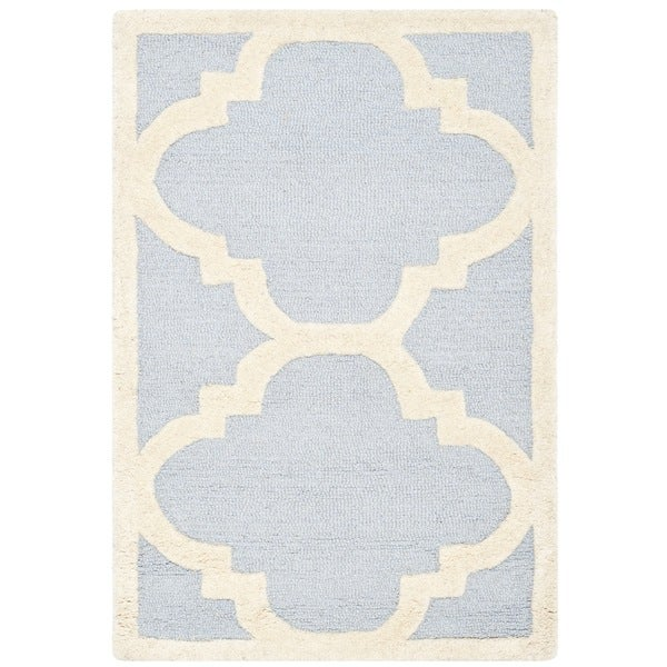 Safavieh Handmade Geometric Moroccan Cambridge Light Blue/ Ivory Wool Rug - 2' x 3'