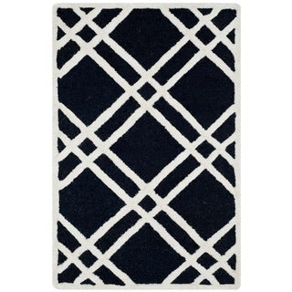 Safavieh Handmade Moroccan Cambridge Black/ Ivory Wool Rug (2' x 3')