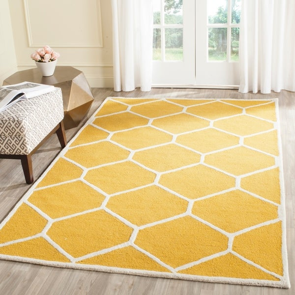 Safavieh Handmade Moroccan Cambridge Gold/ Ivory Geometric Wool Rug - 9' x 12'