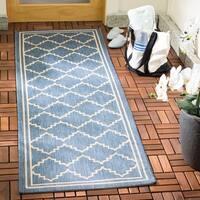 "Safavieh Courtyard Transitional Blue/ Beige Indoor/ Outdoor Rug - 2'3"" x 6'7"""