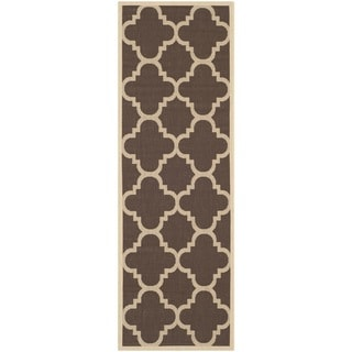 Safavieh Courtyard Quatrefoil Dark Brown Indoor/ Outdoor Rug (2'4 x 14')