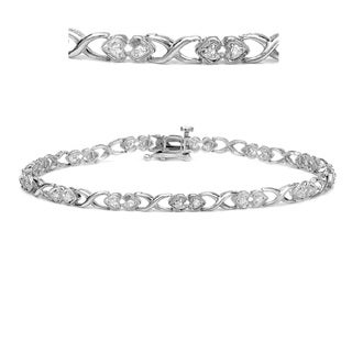 Auriya 14k White Gold 1/4ct TDW Hearts Link Diamond Bracelet