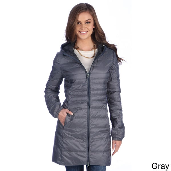 Whether you prefer a classic, pea-coat style or the comfort and ease of a zipper jacket, there is a coat in Old Navy's collection of women's fall jackets for you. Stay warm and fashion-forward this autumn without leaving your wallet out in the cold with one of Old Navy's fall coats for women.