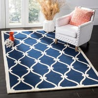 Safavieh Handmade Moroccan Cambridge Navy/ Ivory Wool Rug with High/ Low Construction - 8' x 10'