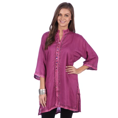 Handmade Moroccan Women's Bohemian Vintage Colorful Cotton Silk Embroidered Button Caftan Tunic (Morocco)