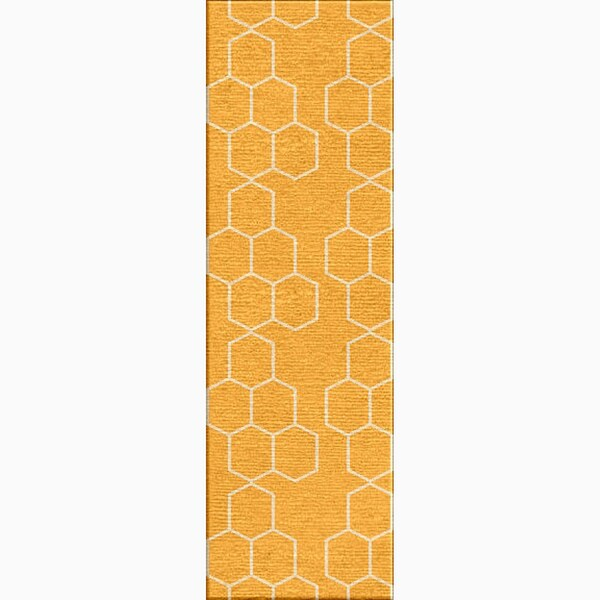 Hand-Made Geometric Pattern Yellow/ Ivory Wool Rug (2.6x8)