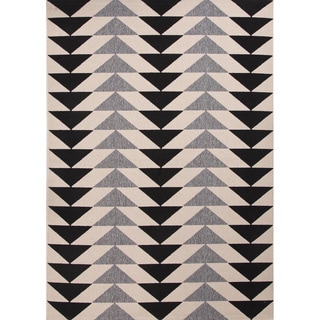 "Maverick Indoor/ Outdoor Geometric Black/ Cream Area Rug (7'11"" X 10')"
