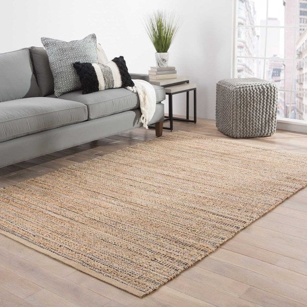 Solis Natural Solid Tan/ Black Area Rug (5' x 8') - 5' x 8'
