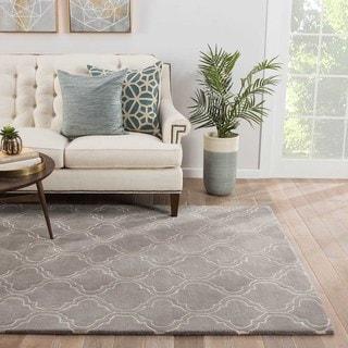 Lilah Handmade Trellis Gray/ White Area Rug (5' X 8') - 5' x 8'