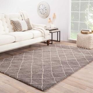 Maris Handmade Geometric Gray Area Rug (5' X 8') - 5' x 8'