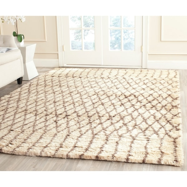 Safavieh Handmade Casablanca White/ Grey New Zealand Wool Area Rug - 8' x 10'