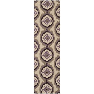 Safavieh Indoor/ Outdoor Four Seasons Beige/ Purple Rug (2'3 x 8')