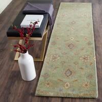 "Safavieh Handmade Wyndham Light Green Wool Rug - 2'3"" x 9'"