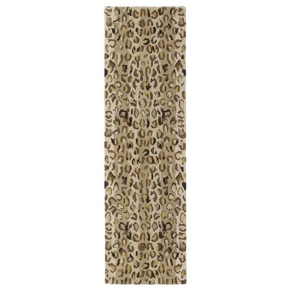 "Hand-tufted Lawrence Cheetah Gold Wool Runner Rug (2'3 x 7'6) - 2'3"" x 7'6"""