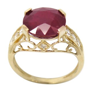 De Buman 10k Yellow Gold Genuine Ruby and 1/3ct TDW Diamond Ring (H-I, I1-I2) (Size 7.5)