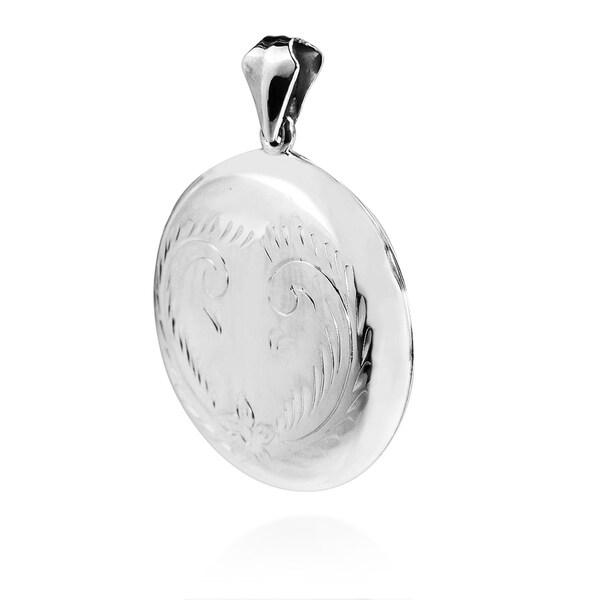 AeraVida 36 mm Round Carved Flower Locket .925 Sterling Silver Pendant