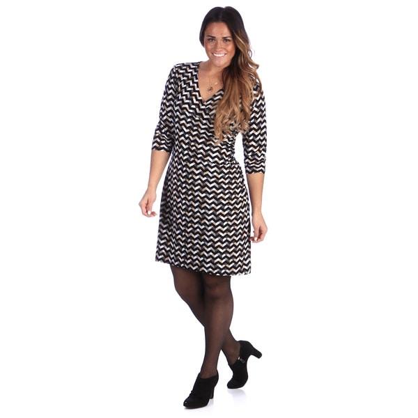 24/7 Comfort Apparel Women's Plus Size Grey/ Black Geometric Faux Wrap Dress