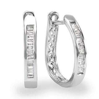 10K White Gold 1/5ct TDW Baguette Cut Diamond Hoop Earrings (I-J, I2-I3)