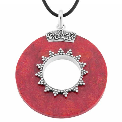 Handmade Sterling Silver Coral Round Pendant Necklace (Indonesia)